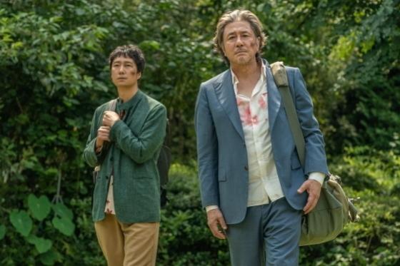 """행복의 나라로: A scene from this year's BIFF opener """"Heaven: To the Land of Happiness,"""" directed by Im Sang-soo (BIFF)"""