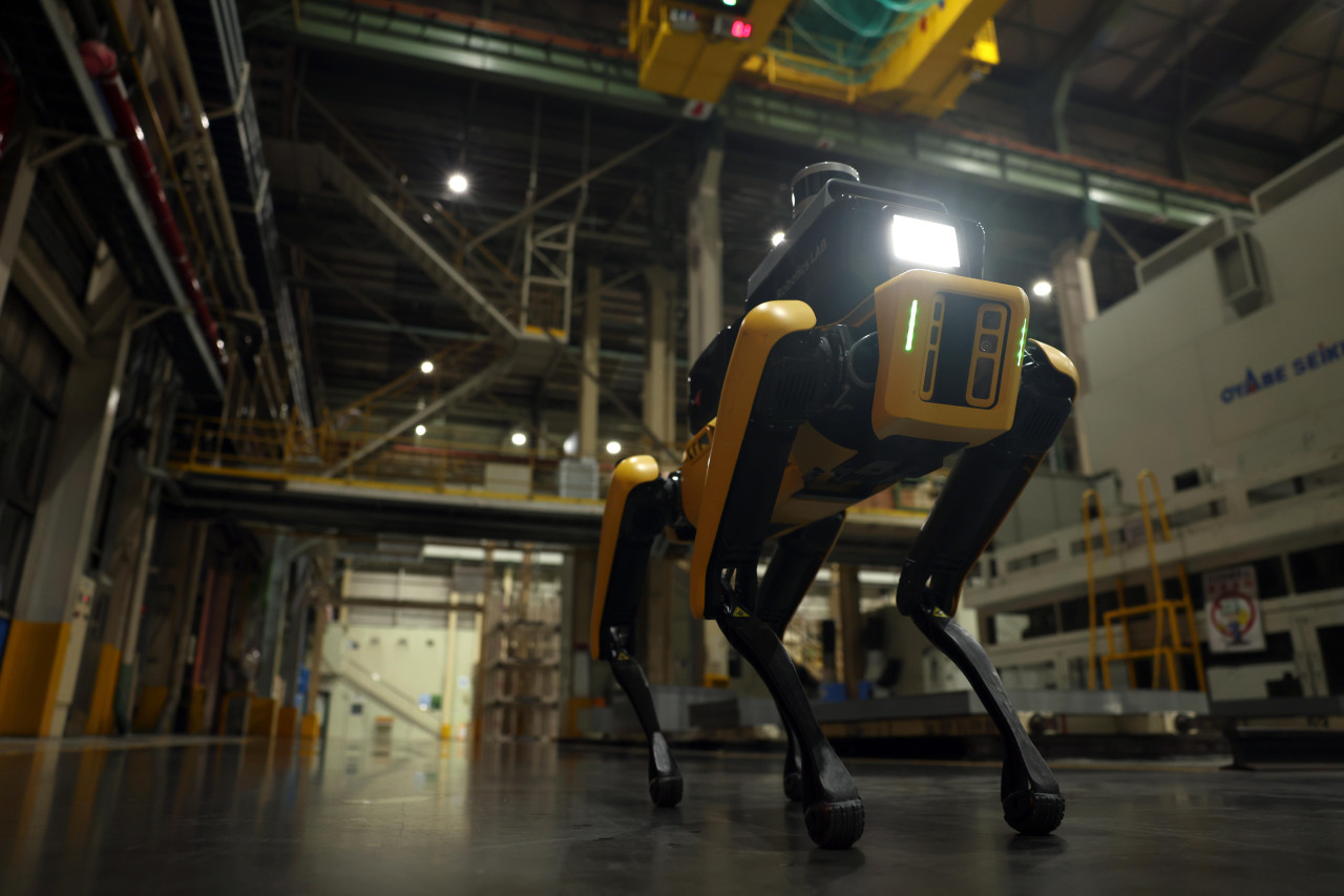 Spot, Boston Dynamics' factory safety service robot, inspects Kia AutoLand Gwangmyeong, an automotive plant facility in Gwangmyeong, Gyeonggi Province. (Hyundai Motor Group)