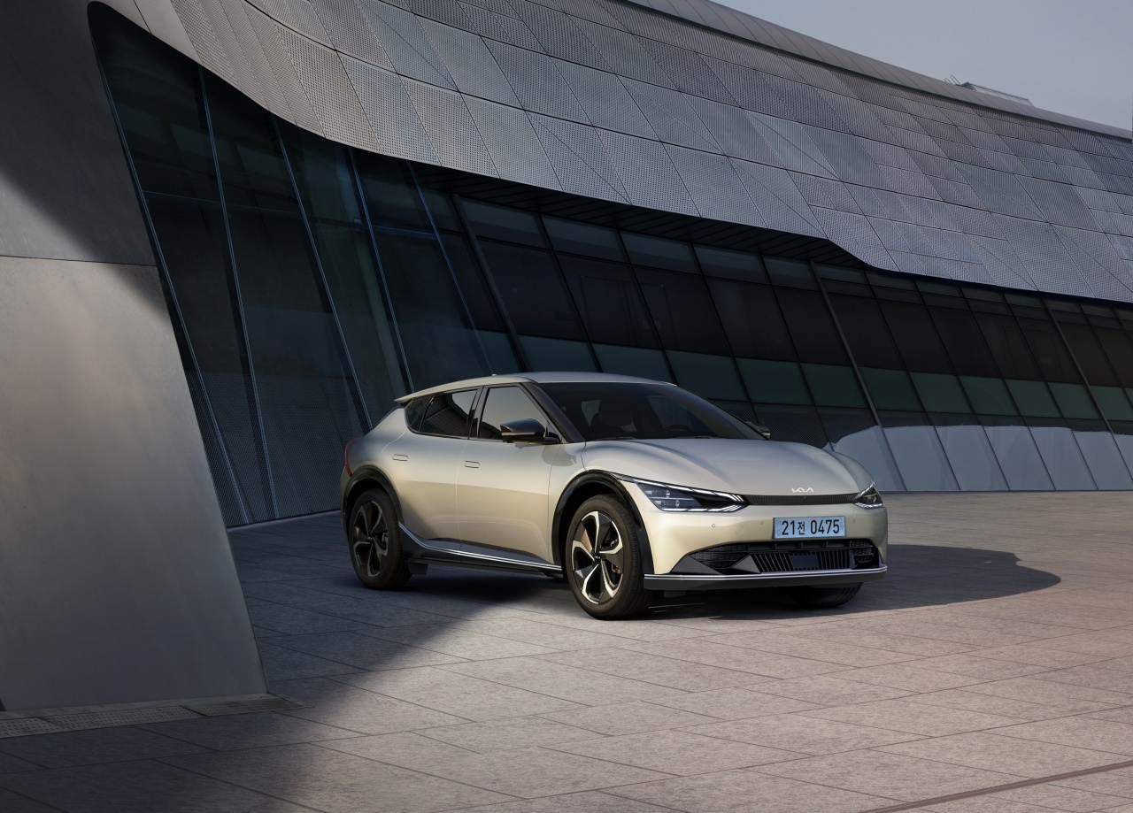 This file photo shows the EV6 all-electric model. (Kia Corp.)