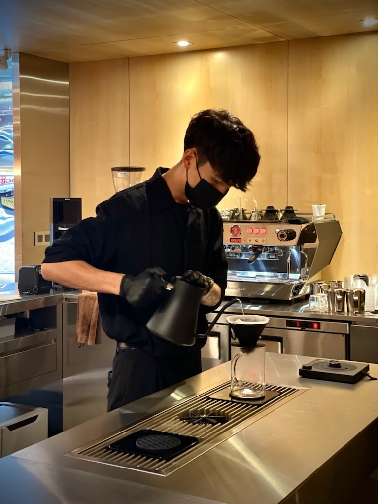 Standard System specializes in a seasonally curated repertoire of six to eight specialty coffees that can be enjoyed as pour-over coffee. (Photo credit: Standard System)