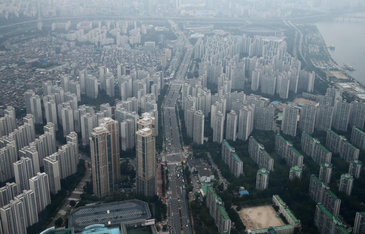 A hazy aerial view of Seoul (Yonhap)