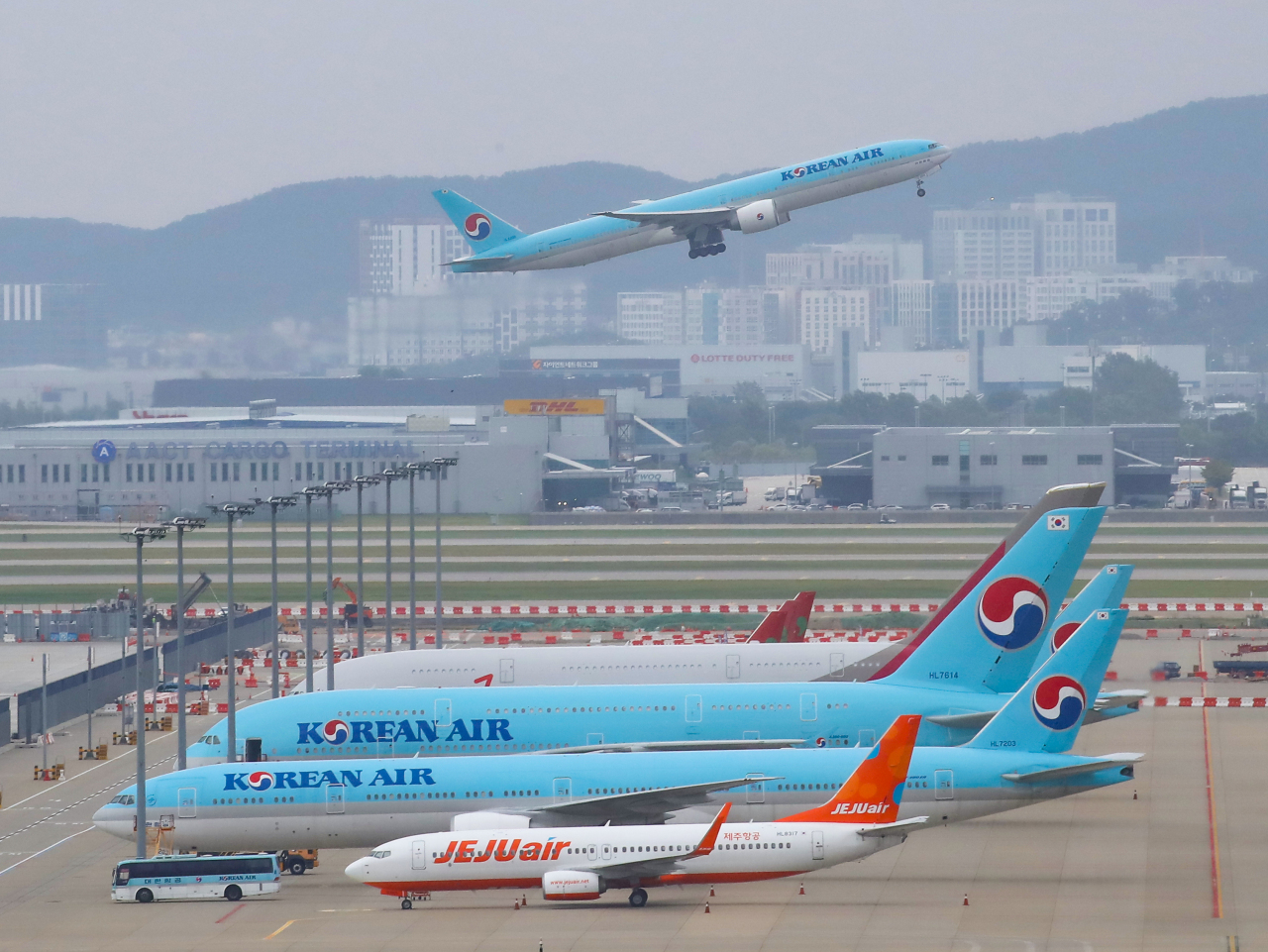 Planes are parked inside the Incheon International Airport on Monday. (Yonhap)