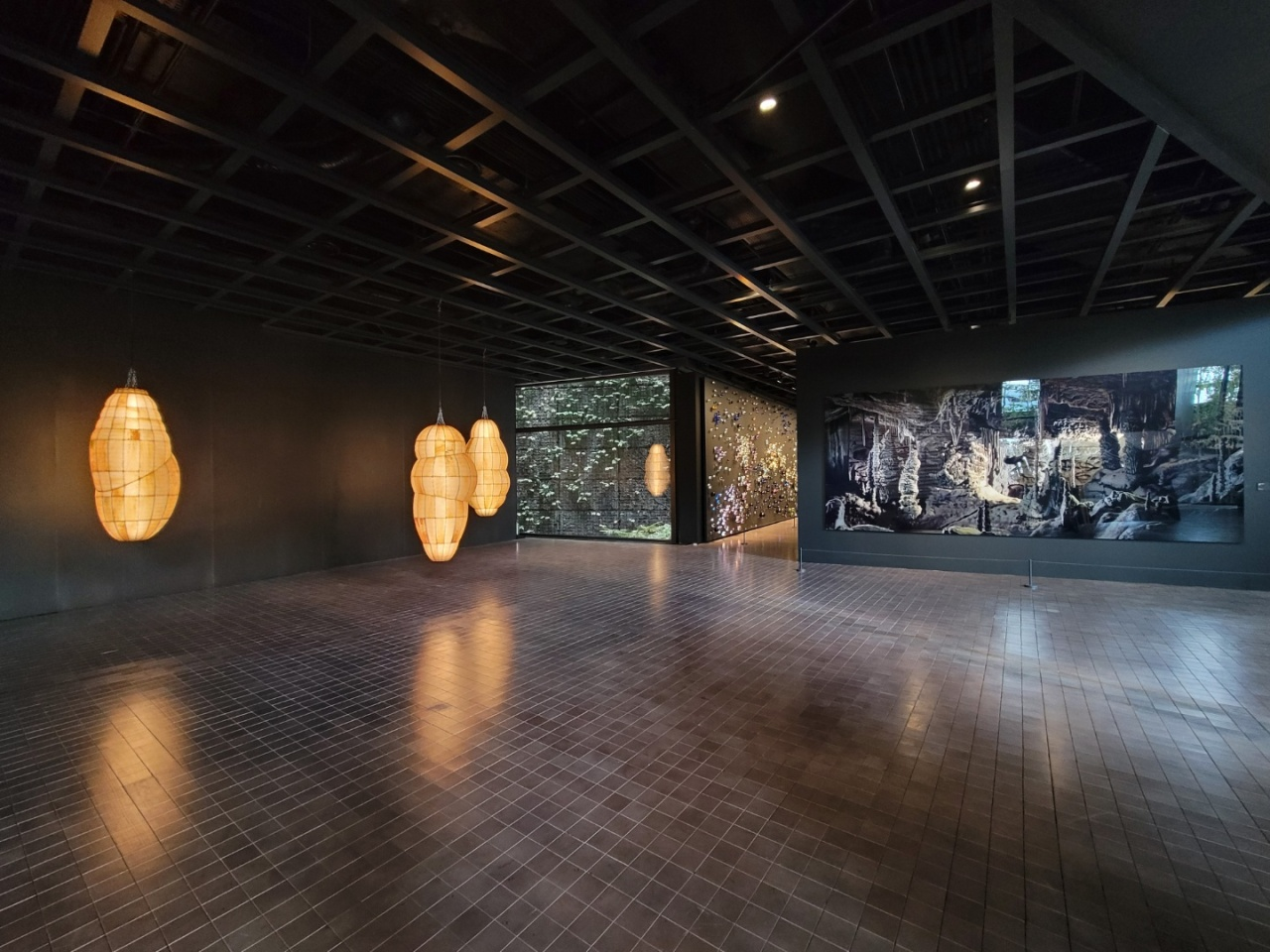 An installation view of the contemporary art collection at Leeum Museum of Art's collection (Park Yuna/The Korea Herald)
