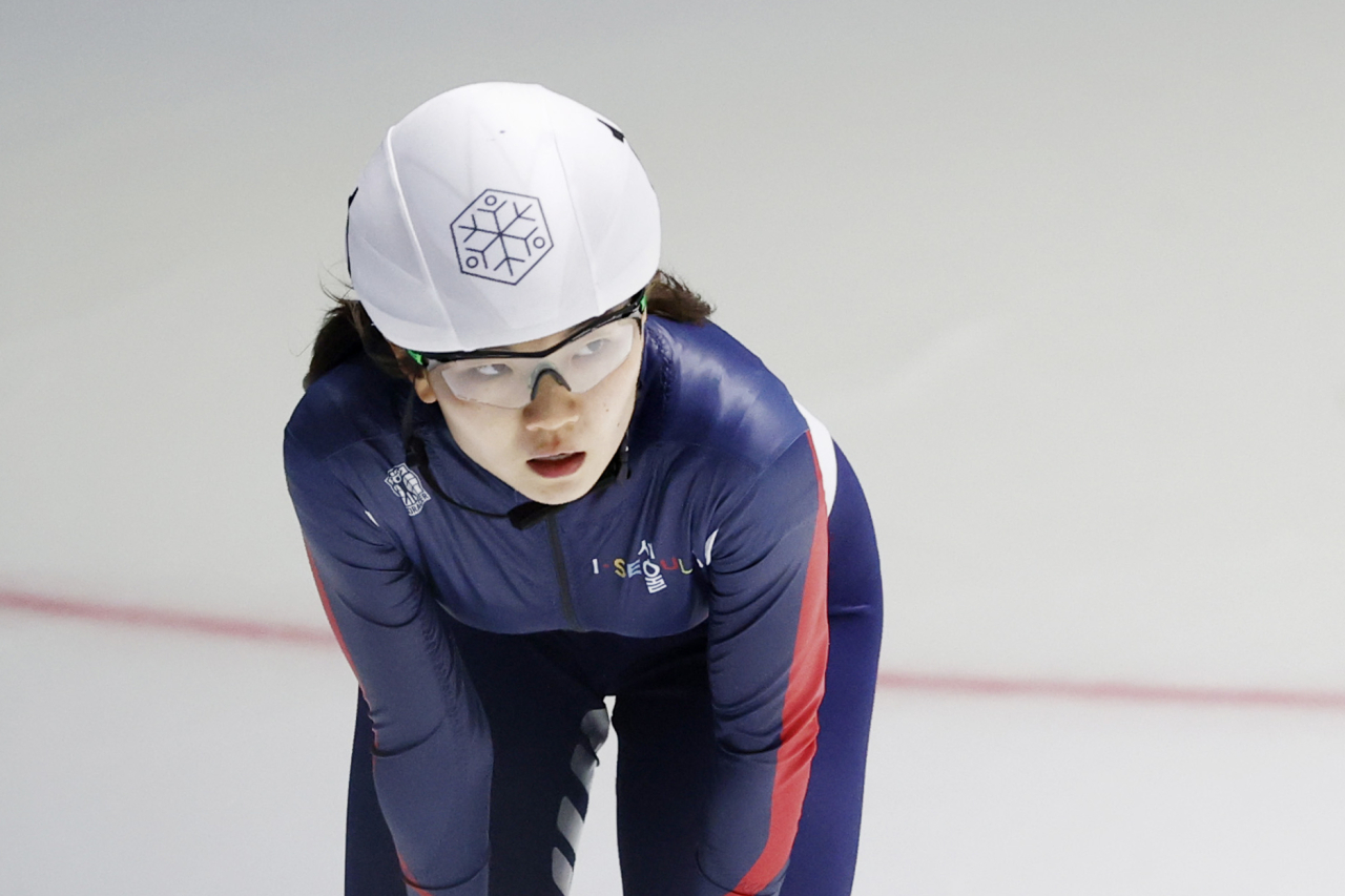 In this file photo from May 6, 2021, South Korean short track speed skater Shim Suk-hee takes a moment after winning the women's 1,000m final in the 2021-22 season national team trails at Taeneung International Rink in Seoul. (Yonhap)