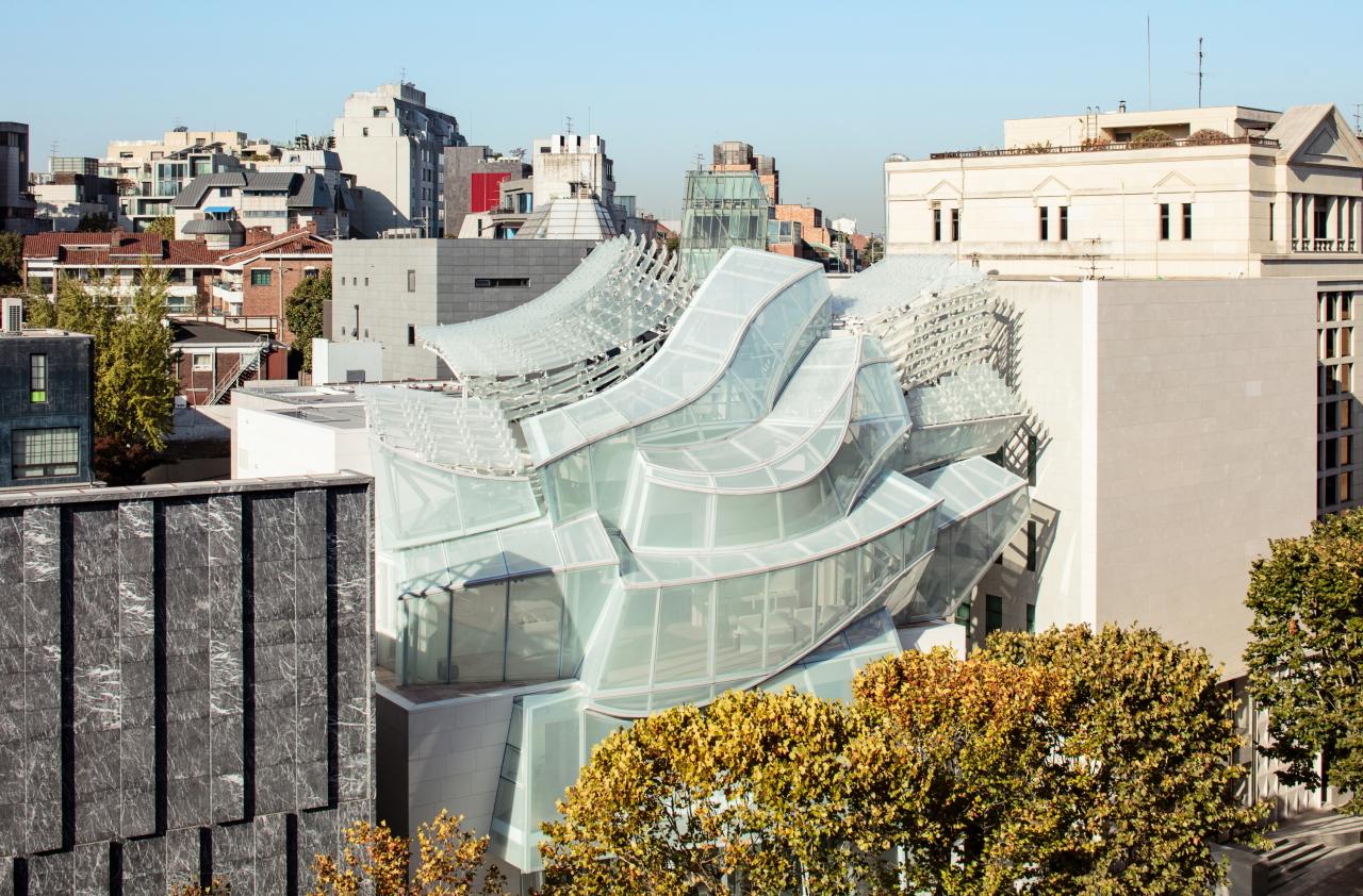 The facade of the Espace Louis Vuitton Seoul (Courtesy of Fondation Louis Vuitton)