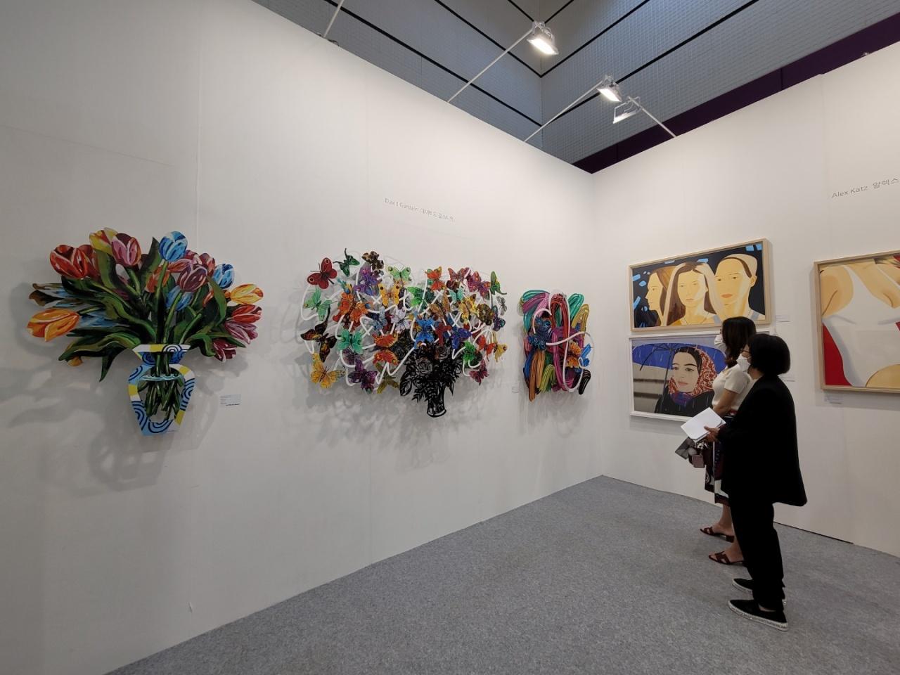 Visitors to KIAF Seoul 2021 view works by David Gerstein. (Park Yuna/The Korea Herald)