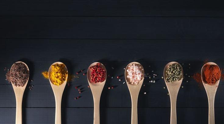 '뿌리면 건강해진다' 최고의 향신료 5가지