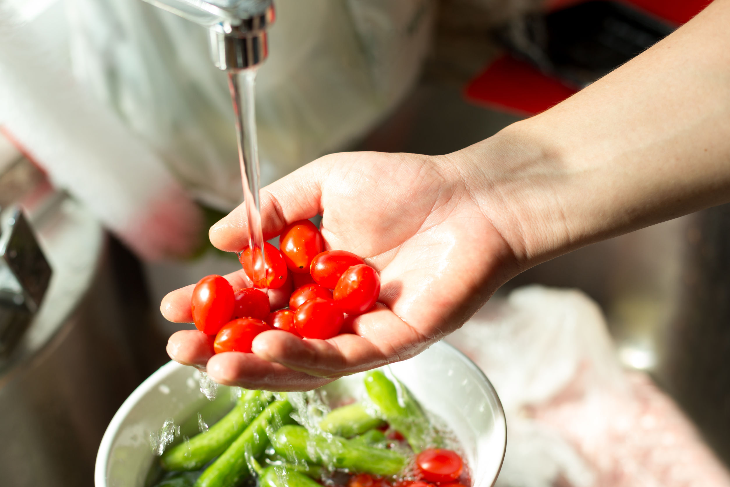 과일과 채소, 어떻게 씻어야 잔류농약 걱정 없을까?