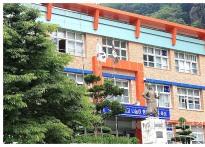 섬마을 초등학교장 교직원 성추행...