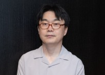 """[인터;뷰] 정지우 감독 """"최민식-박해일 배우.."""