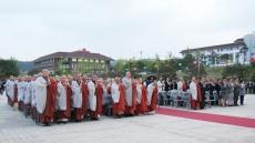 동국대 경주캠퍼스, '부처님 오신 날' 연등 점등식 봉행