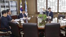 """권명호 울산동구청장 """"조선협력업체 4대 보험료 유예해달라"""""""