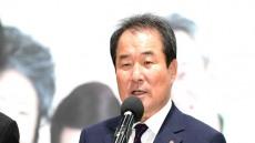 [헤럴드 포토]기자회견하는 김충섭 김천시장...'노조측 과 결코 타협하지않겠다'