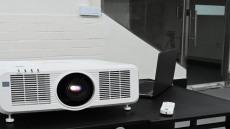 교실을 위한 최상급 LCD 레이저 프로젝터, 유환아이텍(UIT) 파나소닉 PT-MW731
