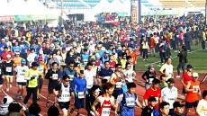 전국 건각들 상주에 모인다...상주곶감 국제마라톤대회 17일 시민운동장 일원서 개최