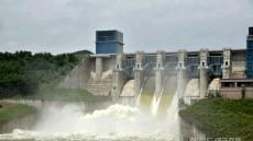 [헤럴드 포토]영주댐 첫 수문개방....초당 400t 방류