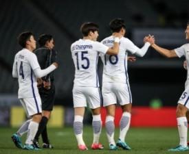 [한국-북한] '리영철 자책골' 한국, 북한에 1-0 승리...대회 첫 승 신고
