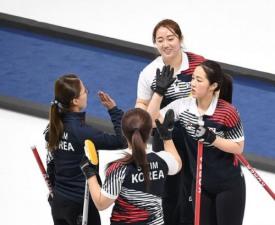 [평창] 여자 컬링, 중국 꺾고 파죽의 3연승...4강 보인다