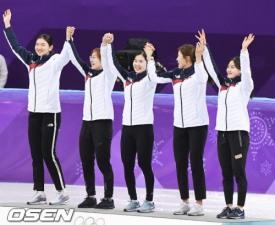 [평창] 女 쇼트트랙 3000m 계주 금메달...올림픽 2연패
