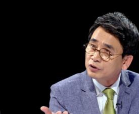 '썰전' 유시민, '여론조작'에 보인 민감한 반응