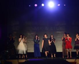 [현장;뷰] 스타강사→엄마들의 엄마로…'김미경 패션쇼' 특별할 수밖에