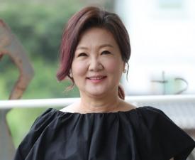 """[인터;뷰] 김해숙 """"'국민엄마' 타이틀, 놓치지 않을 거예요"""""""