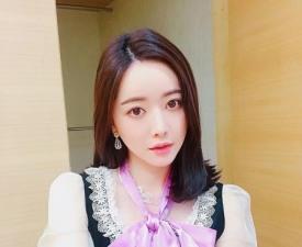 """'논란의 아이콘' 홍수아 """"연기 주목"""" 언행불일치 하지 않기를"""