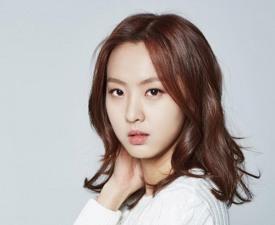 김부선 딸 이미소, 쫓기듯 고국 떠나나..배우 꿈 어쩌고?