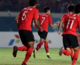 [AG] '손흥민 결승골' 한국, 키르기스스탄에 1-0 진땀승...16강 진출