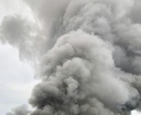 싸이노스, 4시간째 화재 진압·원인 규명 '아직'