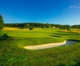 골프광 가족이 만든 프랑스 쌩떼밀리용 골프장