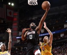 [NBA] '누가 털보를 막으랴' 하든의 믿기 어려운 퍼포먼스