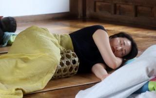 남산한옥마을에서 낮잠을~~~