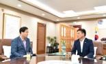 """[헤럴드 파워인터뷰]윤경희 청송군수 취임 100일  """"세일즈 군수 되겠다"""""""