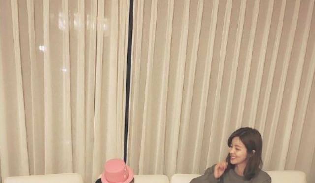 박솔미, 딸 서율과 화보 같은 일상 '꼬마 모델같네'