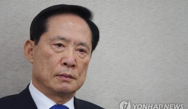 """송영무 """"사과한다"""" 청와대의 큰 그림? 여론도 남다른 화답 눈길"""
