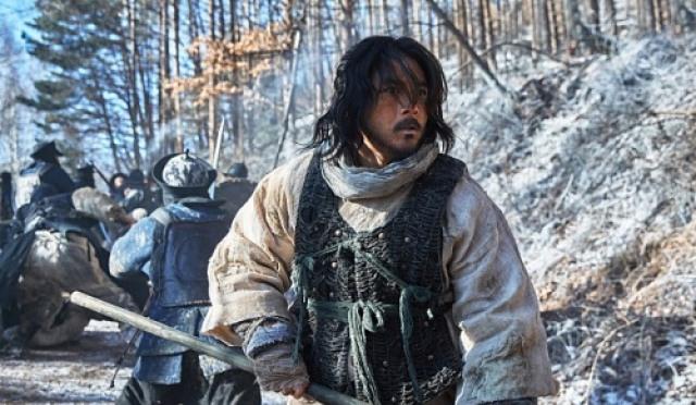 """[현장;뷰] 고수 """"내 모습 벗어버리고 싶을 때, '남한산성' 시나리오 봤다"""""""