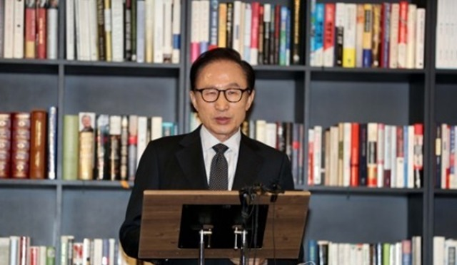 이명박 측근 김두우가 말한 이전투구 의미는?