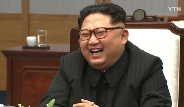 김정은, 문재인 앞에서 박장대소급 웃음까지, 왜?