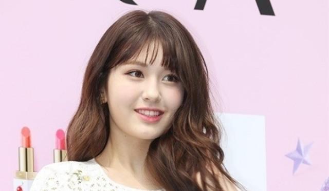 """JYP 측 """"전소미와 상의 하에 계약 해지한다"""""""