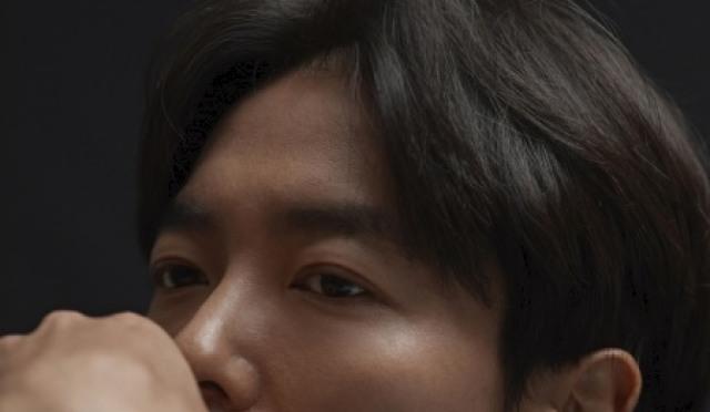 """[인터;뷰] 김재욱 """"섹시한 사제? 공간과 조명·카메라 워크의 힘"""""""