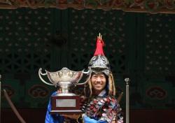 [한국오픈 특집]코오롱 제57회 한국오픈 포토콜 '장군 복장으로 미소 짓는 케빈 나'