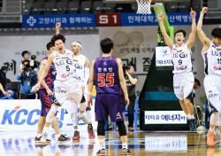 '승부처 맹활약' 김시래 앞세운 LG, PO 4강 '성큼'