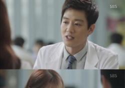"""'닥터스' 김래원, """"정식으로 소개할게. 내 여자친구 유혜정 씨""""…팔불출 등극?"""