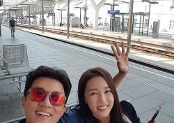 [스낵뉴스] 안재욱♥최현주, 꿀 떨어지는 휴가도 '이제 끝'
