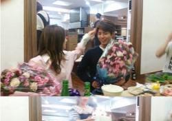 레드벨벳 아이린-박보검 무슨 사이기에…다정 스킨십 '팬심 아우성'