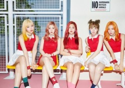 레드벨벳, 신곡 '러시안 룰렛' 다채로운 퍼포먼스로 큰 호응
