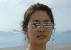 송혜교 근황, 선글라스 착용한 채 일상 속 우월 미모 과시
