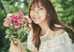 여자친구 엄지, '쇼핑왕 루이' OST '더 웨이'로 첫 솔로 도전