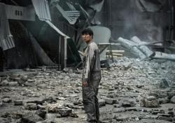 영화 '판도라', 압도적 스케일로 모든 것이 파괴된다